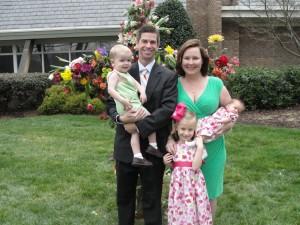 Elizabeth_Kovacs_and_family[1]